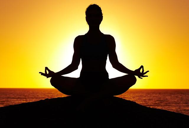 یوگا و تاثیر آن بر جسم و روح